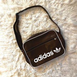 Adidas / Airliner Vintage Messenger brown bag